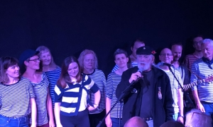 Jim Radford sings with the London Sea Shanty Collective at Mycenae House, Greenwich
